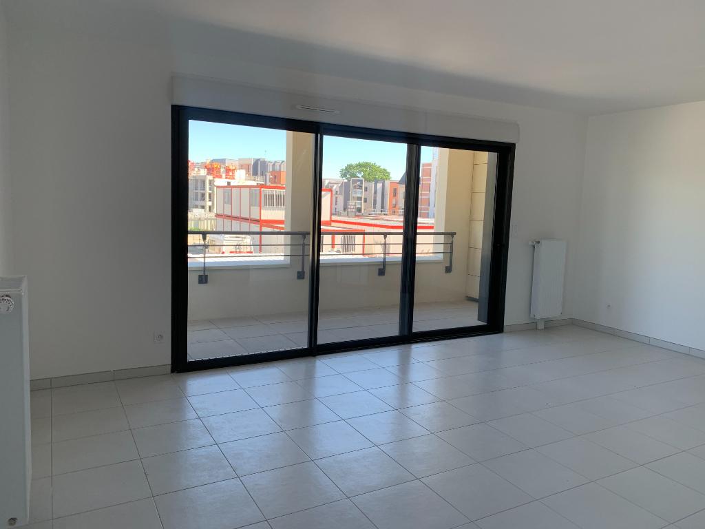 Appartement Dinard 3 pièce(s) 63.63 m2 disponible le 4 Juin 2021