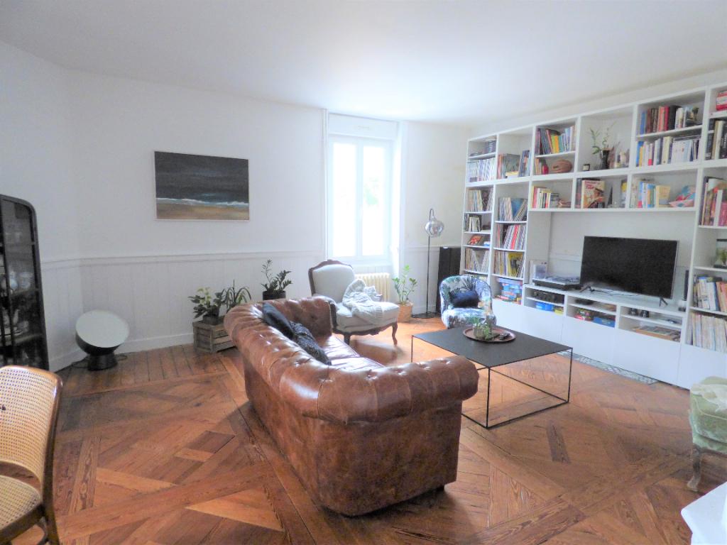 Superbe villa à Saint-Malo, au centre de St Servan
