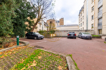 Exclusivité. Versailles centre, surface bureaux de 59 m² + possibilité 1 place de parking. 6/9