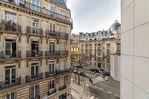 Exclusivité. TERNES / PONCELET. 2 pièces de 51,58m2 Carrez au 4ème étage avec ascenseur + petit balcon. 2/10