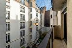 Exclusivité. TERNES / PONCELET. 2 pièces de 51,58m2 Carrez au 4ème étage avec ascenseur + petit balcon. 7/10