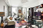 Exclusivité. Enfants Rouges / rue de Bretagne, superbe 3 pièces de 69 m2 en excellent état, charme de l'ancien. 4/10