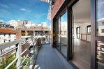 Exclusivité. Jourdain. Exceptionnel duplex neuf aux derniers étages de 6 pièces  de 130m2 carrez  avec terrasse de 36,25m2 et balcons/terrasses 34,30m2 sans vis à vis au calme. 3/16