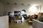 Local commercial Boulazac Isle Manoire 300 m2 1/2