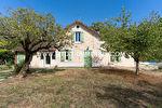 Maison en pierre de 130 m² au Change, 3 chambres, piscine et jardin 1/8