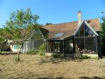 Maintenon proche  Propriété ancienne sur 9000 m² de terrain