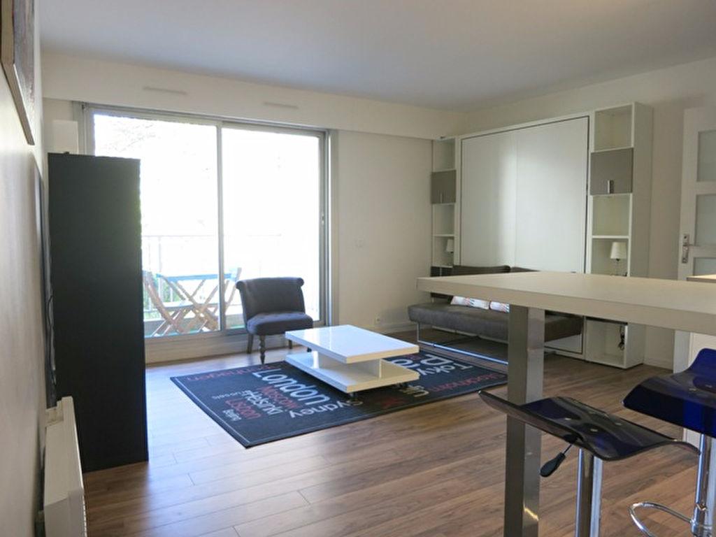 Studio meublée 24,31m² paris 10ème