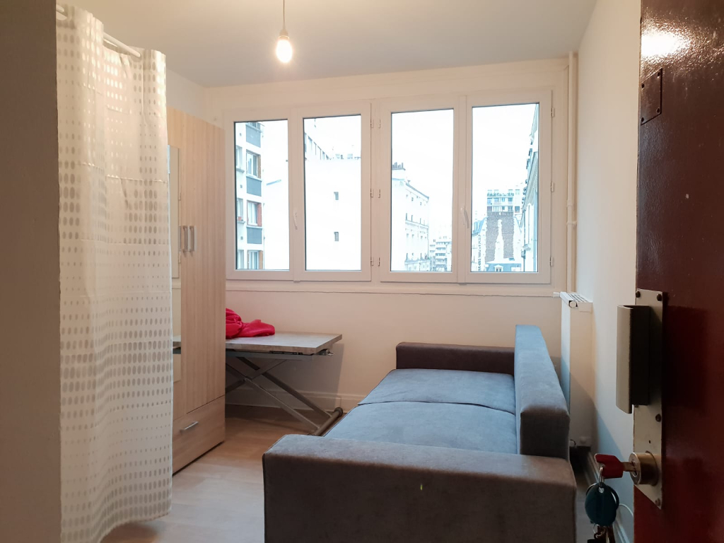Studio de 10.57 m2 Paris 20ème