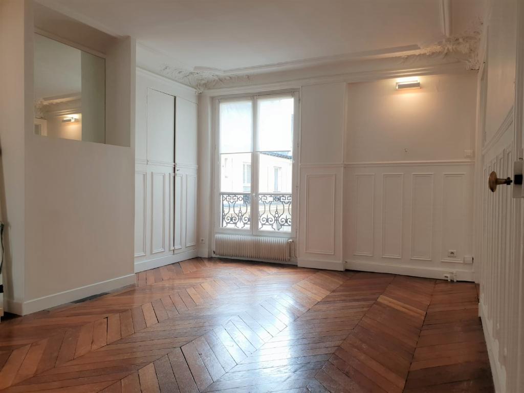 Appartement 4 pièces 76 m2 Paris 10ème