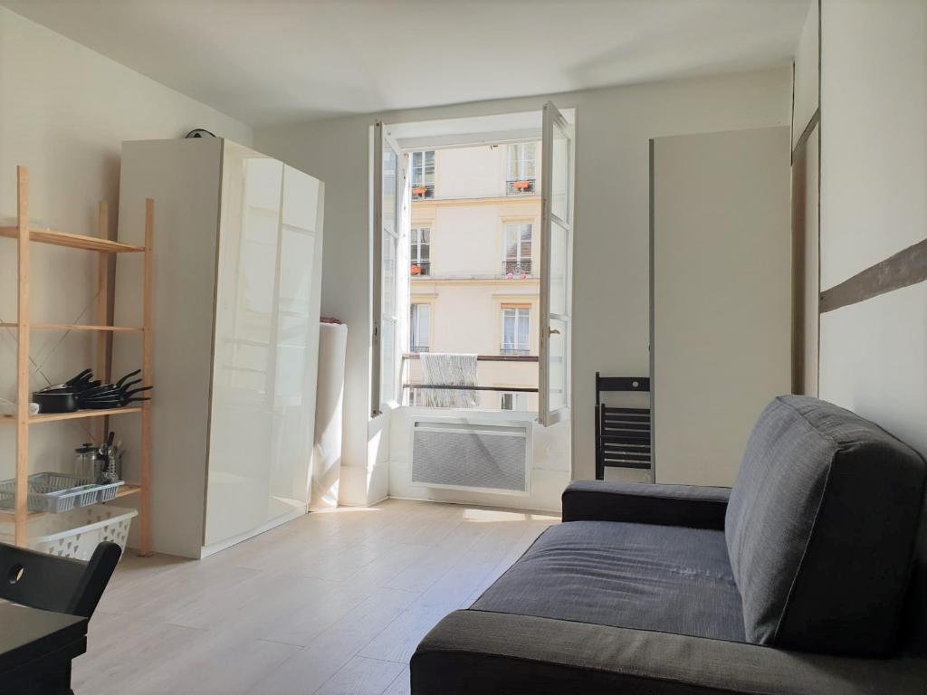 Studio 18m² Paris 10ème