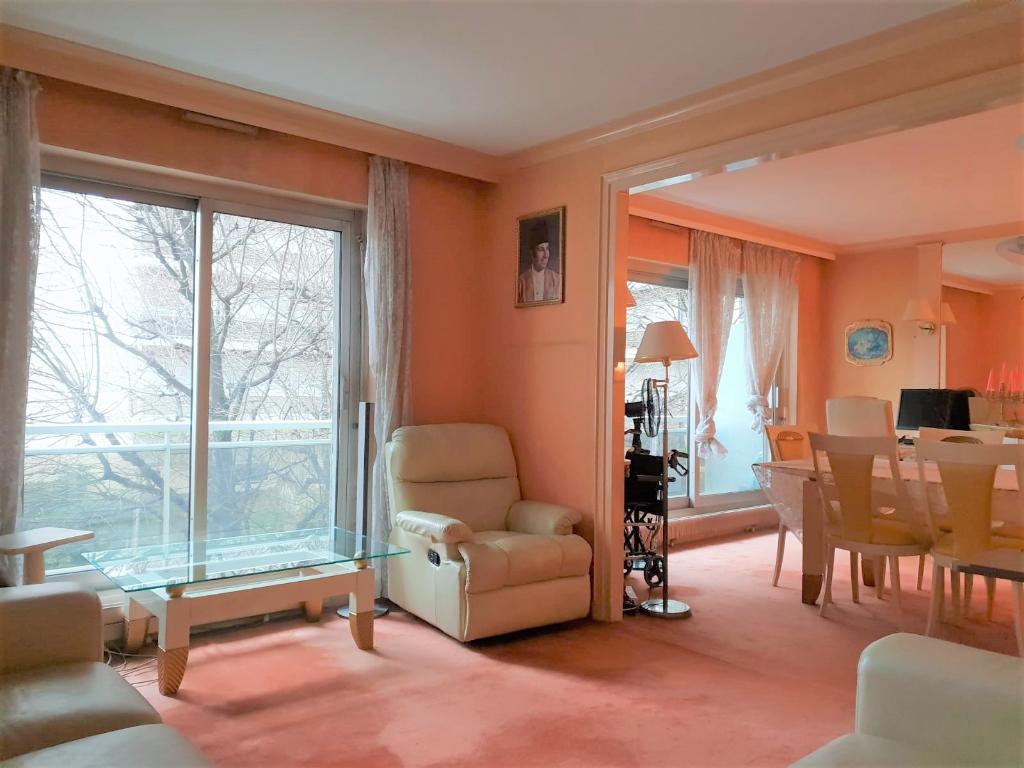 Appartement 4 pièces 92m² + 14m² de balcon paris 13ème