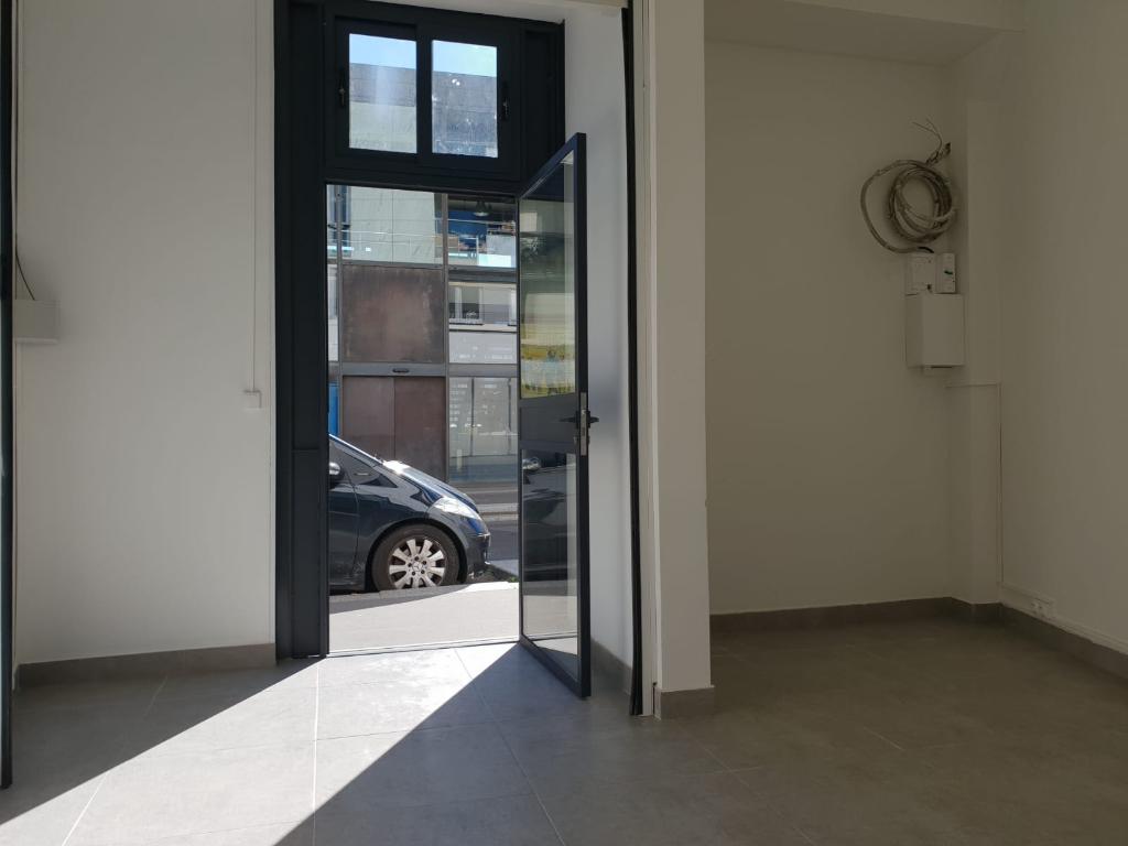 Bureaux de16.60 m2 paris 19eme