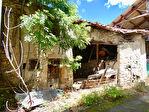 PROCHE BILLOM / Ensemble de granges et petite maison 6/10