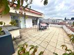 CLERMONT-FERRAND / Dernier étage avec terrasse - Vue panoramique 1/7