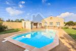 Mas en Vaucluse commune de Pernes Les Fontaines sur 18 000 m2 env. de terrain avec piscine 1/15