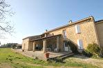 Mas en Vaucluse commune de Pernes Les Fontaines sur 18 000 m2 env. de terrain avec piscine 2/15